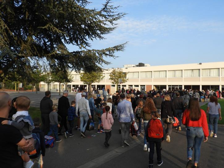 Rentrée scolaire au Brédenarde